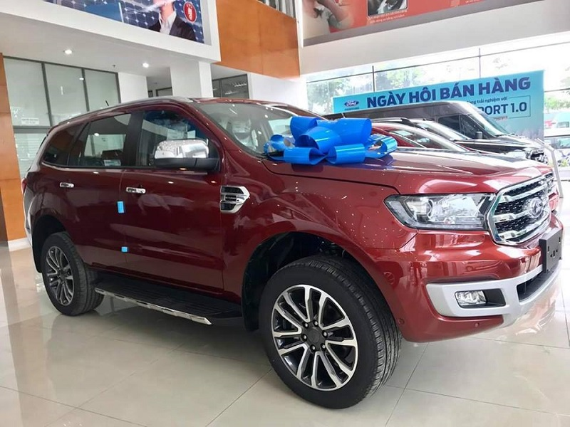 Xe Ford 7 Chỗ