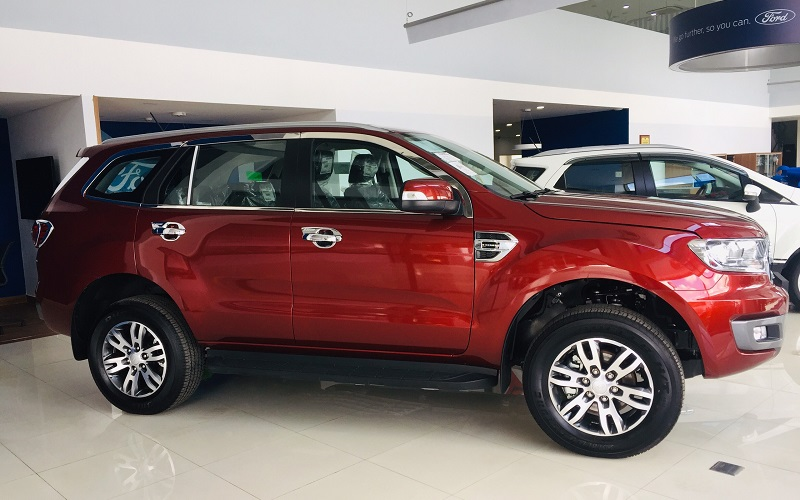 Xe Ford Everest Trend Giá tốt
